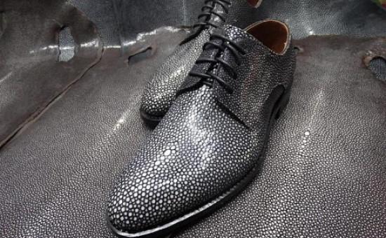 Chaussures galuchat noir