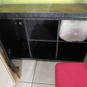 Aquarium 240L avec meuble et accessoires