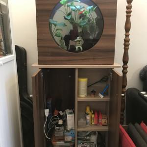 Aquarium équipé 100L + meuble design zen  + matériel